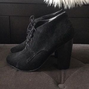 American apparel black lace up booties